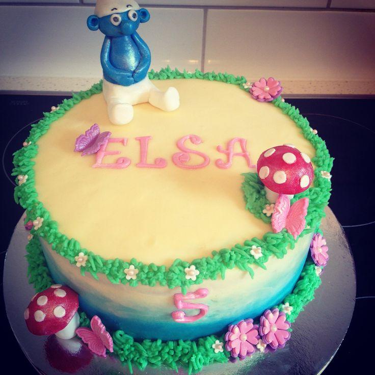 A smurf cake!