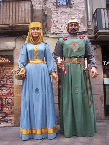 Gegants Nous de Mediona, Barcelona. Guillem i Aimerida, personatges medievals.