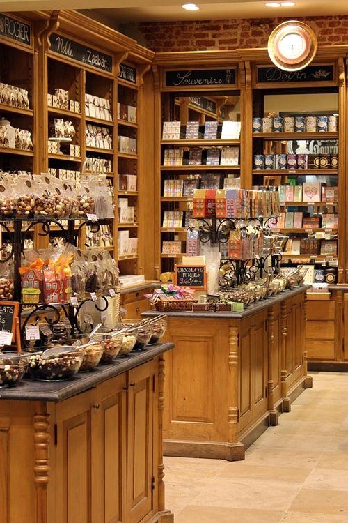 Chocolate Store, Brussels   Belgium   Photo taken by me (Nacho...