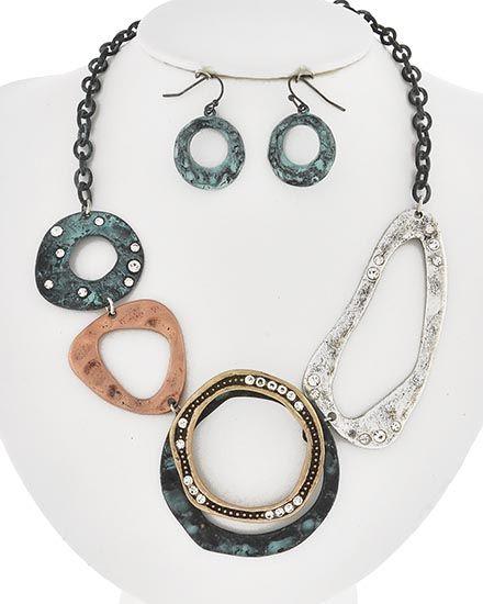 Burnished Tri-tone / Clear Rhinestone / Lead&nickel Compliant / Patina Metal / Fish Hook (earrings) / Necklace & Earring Set