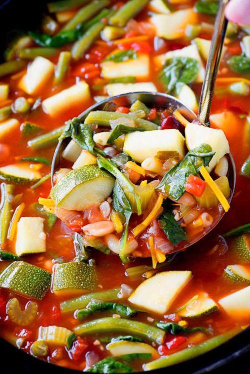 Crock Pot Minestrone Soup! An easy to make and hearty meatless  Mein Blog: Alles rund um die Themen Genuss & Geschmack  Kochen Backen Braten Vorspeisen Hauptgerichte und Desserts # Hashtag