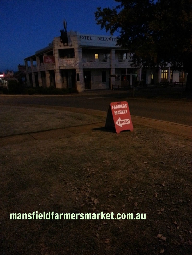 "Mansfield Farmers Market - On market day it is all about ""up and at 'em"" early in the morning.  Gates need opening, signs need setting up - all whilst most normal people are sleeping"