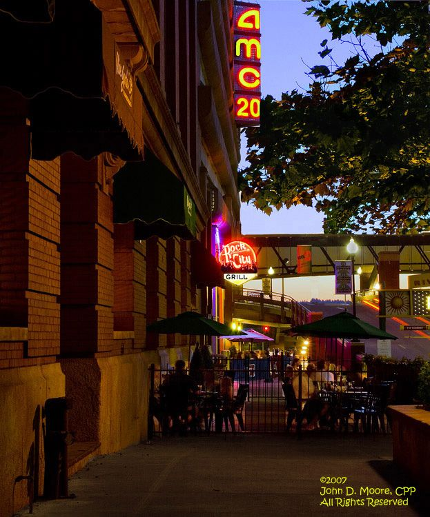 Enjoying the outdoors at downtowns Rock City Grill and the Olive Garden