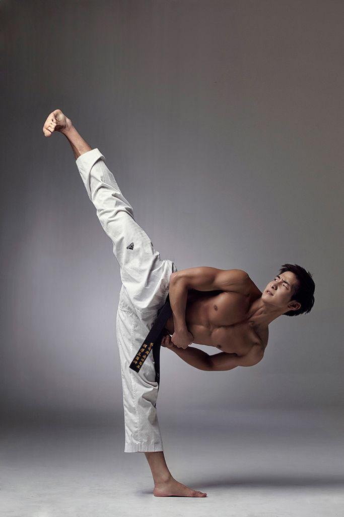 Asian naked martial arts good