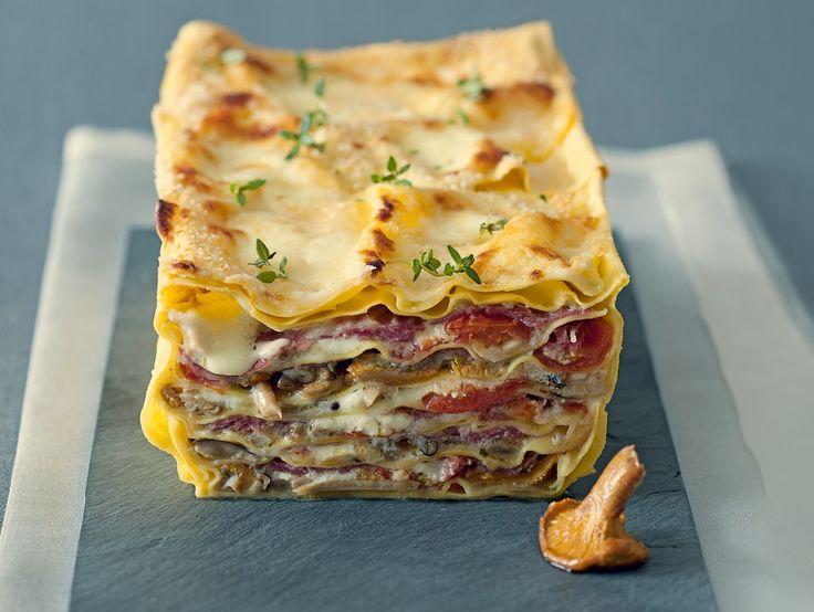 Terrina di lasagne ai funghi con pomodorini...