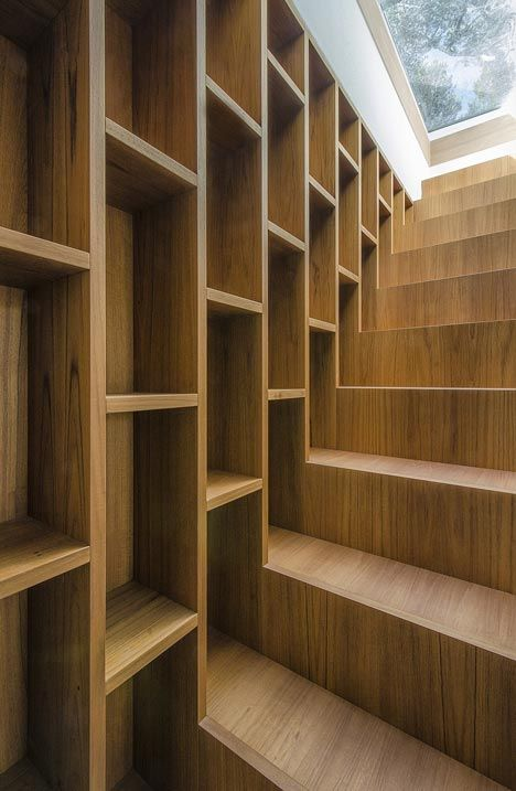 stairs  House in a Pine Wood by Sundaymorning and Massimo Fiorido AssociatiMassimo Fiorido, Bookshelves, Decor Ideas, Fiorido Associati, Stairs Storage, Bookcas, House, Staircas, Stairways