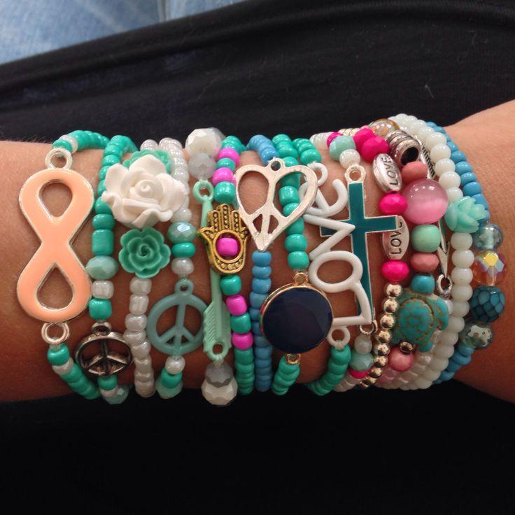 Handgemaakt door www.jewelsbymay.nl :) Inspiratie Ibiza mix & match armbandjes! Online vanaf € 1,95 per stuk!