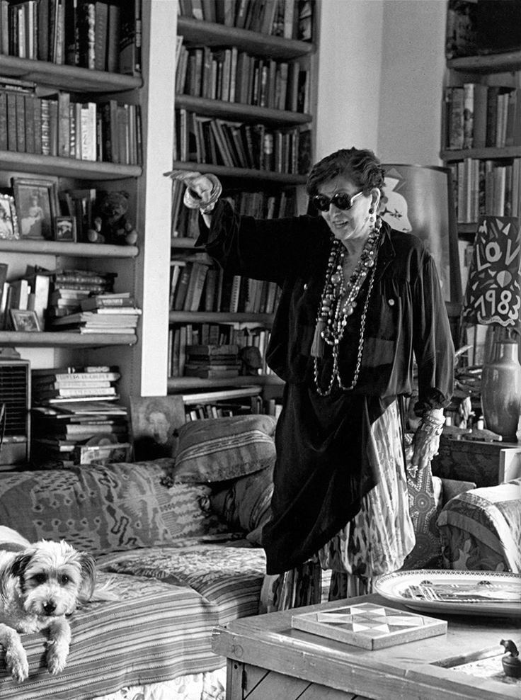 Maxime de la Falaise in her Manhattan apartment, photographed by Ivan Terestchenko, New York, 1993.