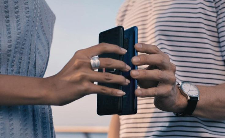 """Samsung Galaxy S10 rumored to have reverse wireless charging with a name tag """"PowerShare"""" – AndroBliz"""