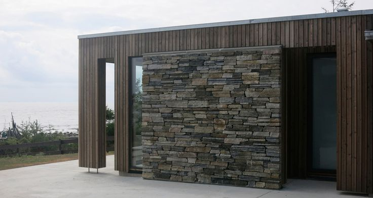 JOMFRULAND- Oppdal stone dry wall and kebony