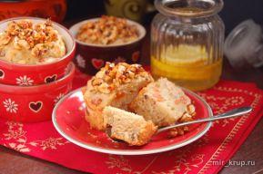 Кексы с курагой, орехами и кленовым сиропом