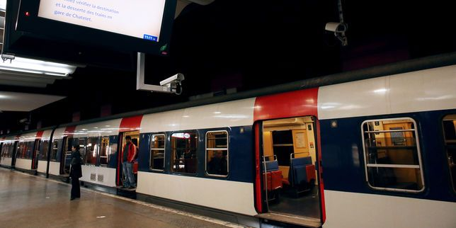 Paris : trafic ferroviaire interrompu gare du Nord à cause d'un incendie Check more at http://www.lemonde.fr/entreprises/article/2016/07/19/paris-trafic-ferroviaire-interrompu-gare-du-nord-a-cause-d-un-incendie_4971970_1656994.html#xtor=RSS-3208