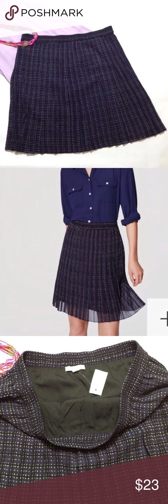 "LOFT pull on plaid pleated skirt First 2 pics reflect color best, forever navy. Airy chiffon skirt! Elasticized smocked waistline. Fully lined. 21"" length, 17"" waist. Measured flat and relaxed. LOFT Skirts Circle & Skater"