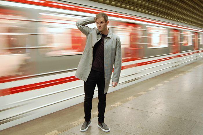 prague street style, topman, coat, subway, prague metro, fashion blog, men's style guide, slip ons