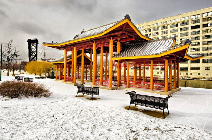 Мемориальный парк Пинг Том в Чайнатауне, Чикаго