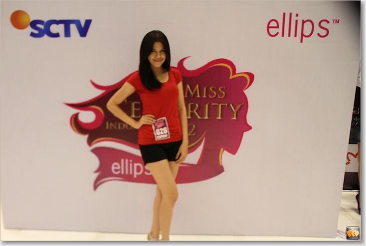 Sheila Pisca Hervianti Putri (10 besar finalis Micel 2012)