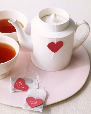 Simple Valentines Day ideas: Heart-Shaped Tea Bag
