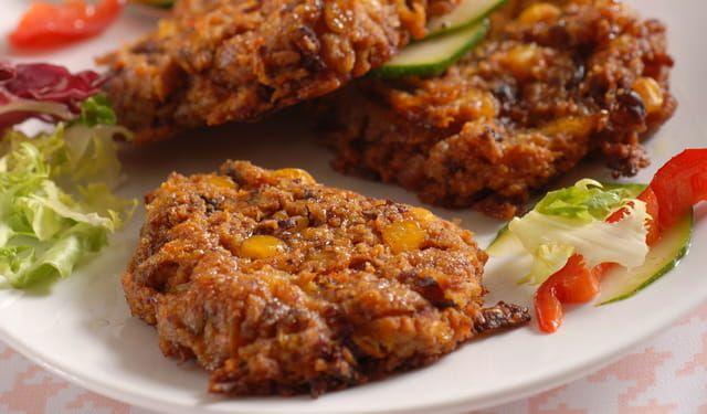 Dnes bez mäsa: Pikantné fazuľové burgery | DobreJedlo.sk