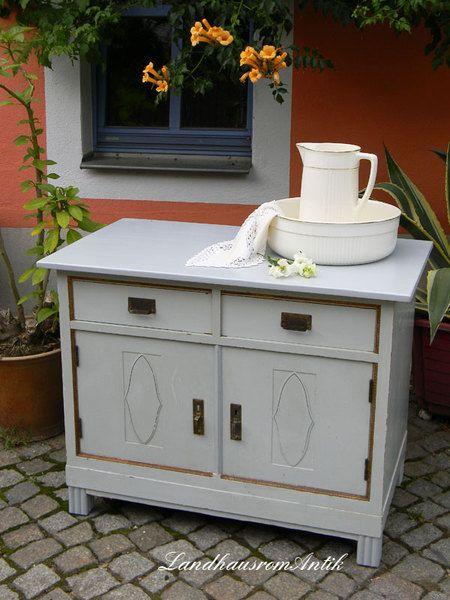 Kommode mit Original Patina anno 1910 von Landhausromantik auf DaWanda.com