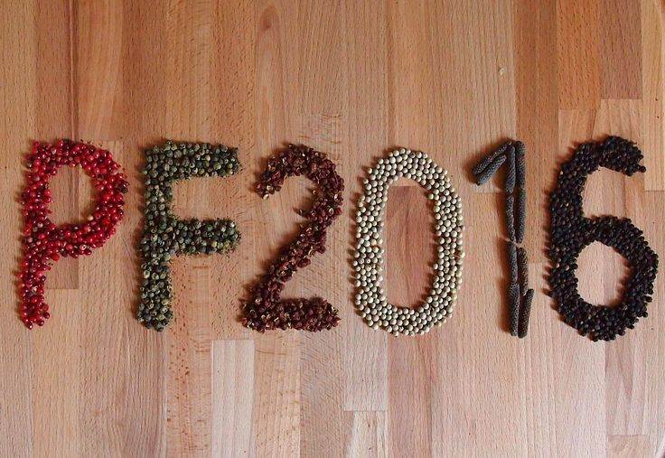 Milí zákazníci, rádi bychom vám poděkovali za vaší přízeň a přejeme vám, ať nový rok má šťávu a přináší vám jen samou radost a slzy jen když to přeženete s pepřem.