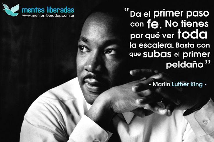Frase de Martin Luther King (vía @Mentes Liberadas)