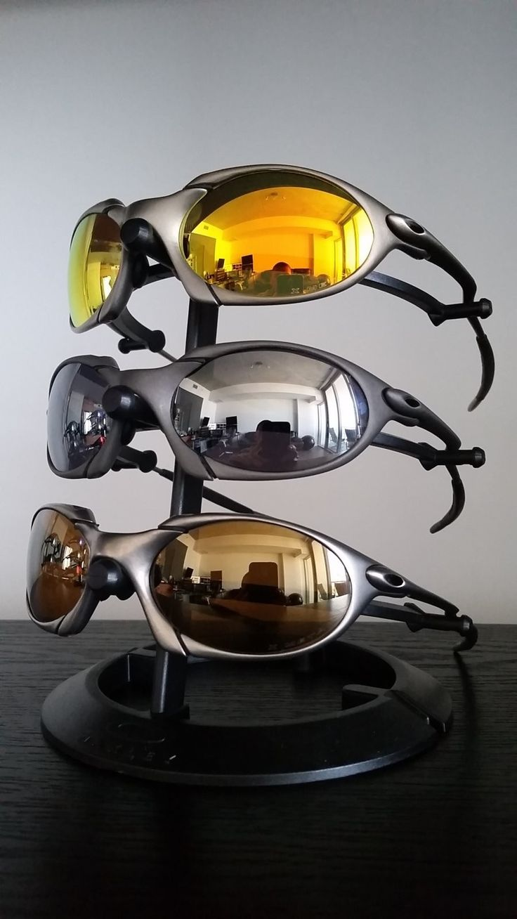 Get over hump day with some Oakley X-Metals and More! Pics: http://www.oakleyforum.com/threads/x-metals-more.57752/