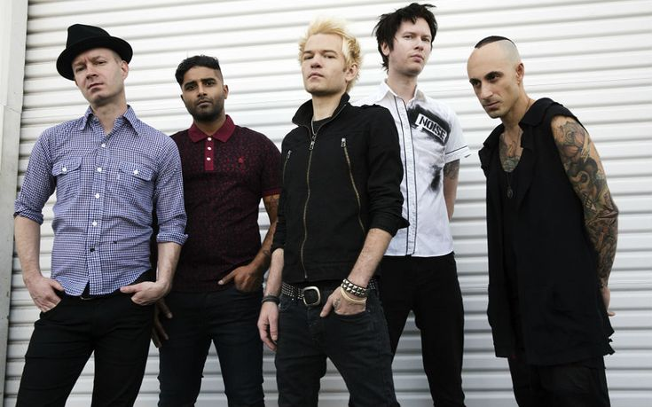 Sum 41: 'This album is about completely falling apart + rebuilding yourself'   Gigwise