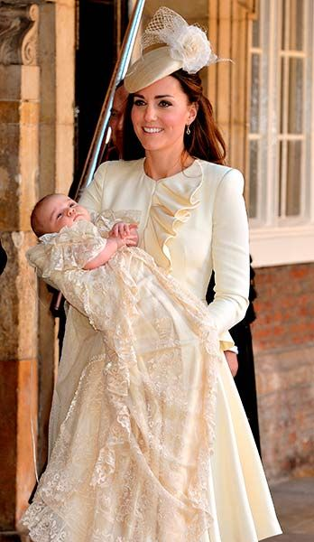 Prince George's christening takes place at St James' Palace in the Chapel Royal - Photo 2 | Celebrity news in hellomagazine.com