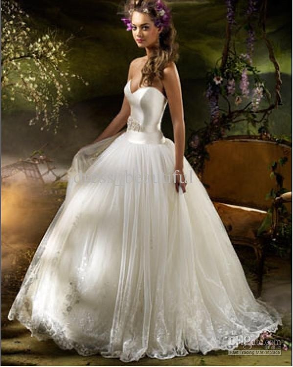 Satin  Tulle...best of both! dresses-i-like