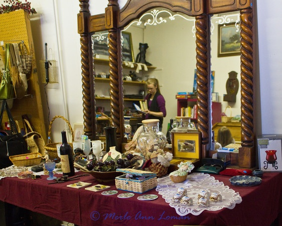 Slideshow of thrift items in Victor, Mont. at This, That & the Other.