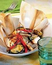 Filetti di rana pescatrice al cartoccio con verdure