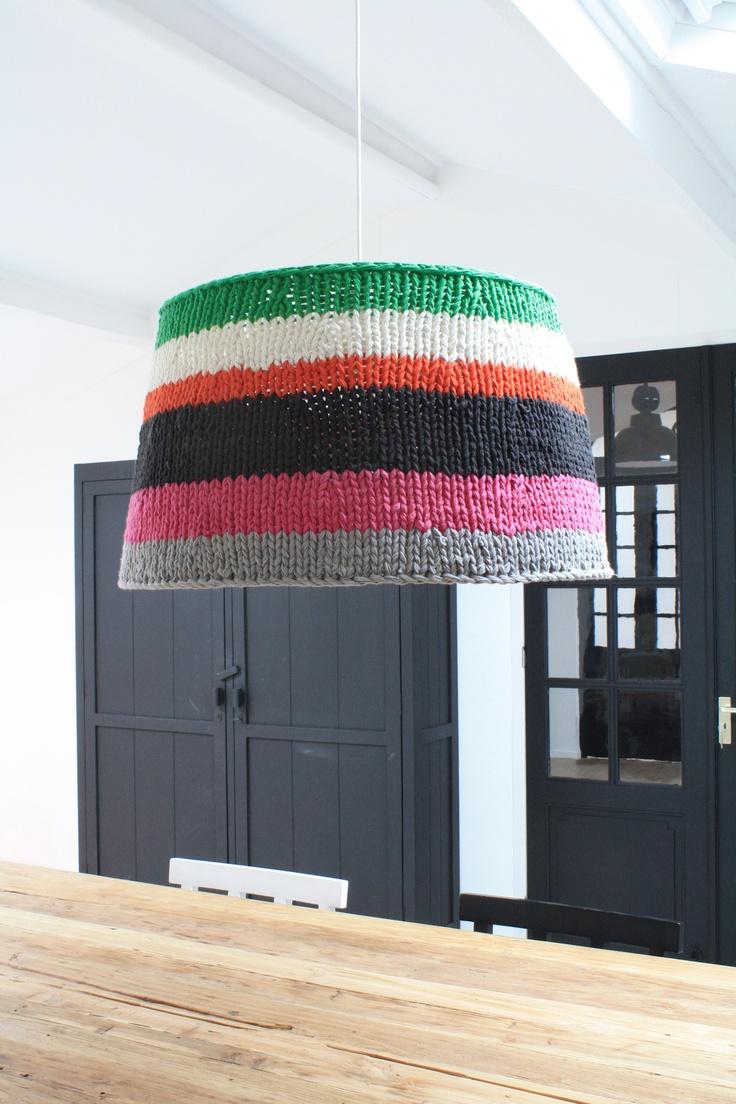 Lámpara abrigadita :) (Eckmann Studio)