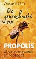 De geneeskracht van propolis    Uiteenzetting over het gebruik van bijenhars bij de behandeling van o.a. acne, eczeem en hooikoorts. Siso-rubriek: 611.2