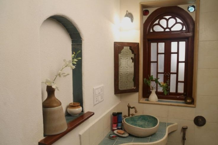 Ace director Tigmanshu Dhulia's artsy home décor portrays a fresh combination of old world charm and functional, fusion aesthetics by Single Married Mother Designs. Using natural materials and restored antique furniture, the designers have created airy spaces punctuated with intricate details in Indian Classic style, which slow down time for the family.