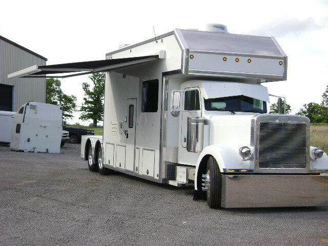 360 best images about trucks on pinterest peterbilt 389 for Peterbilt motor coach for sale