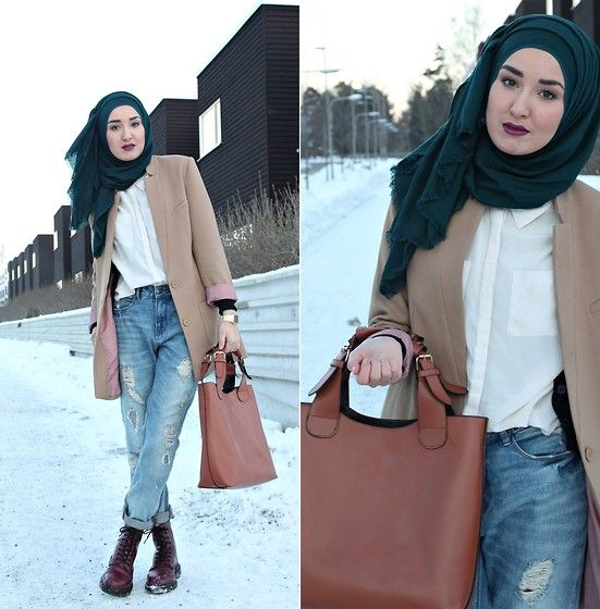 Boyfriend jeans with hijab