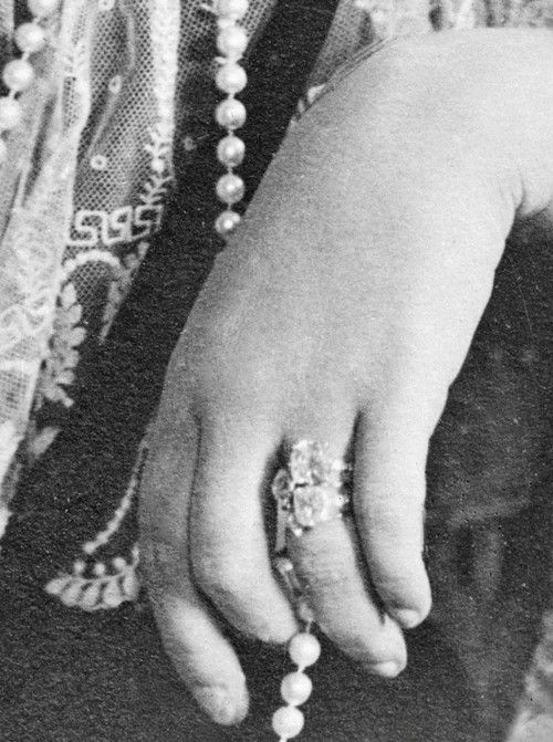 Zoom of Alix's rings. She had got no mani, as Nikolay II did not like it ~