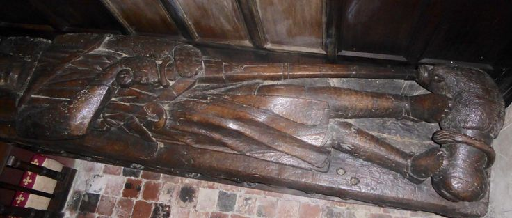 Sir Roger de Pitchford carved from oak 7 feet long