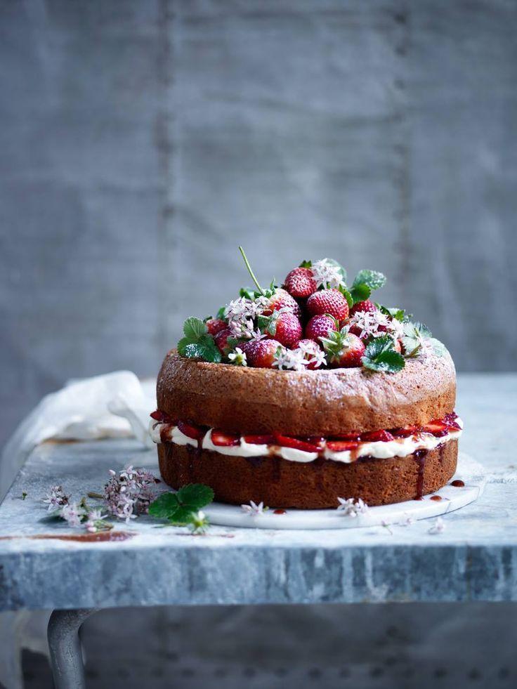 Wild strawberry and cream naked cake