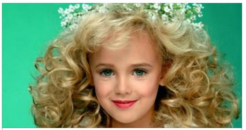 Who was responsible for JonBenet Ramsey's death? Her mom accidentally revealed it ->>
