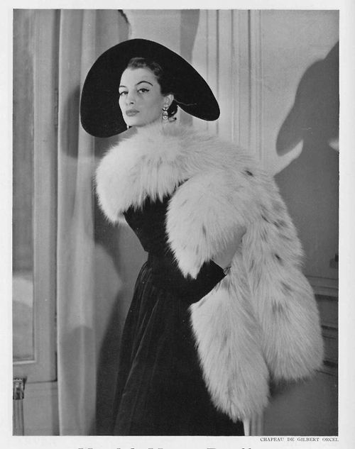 capucine-actress:    1952's pub