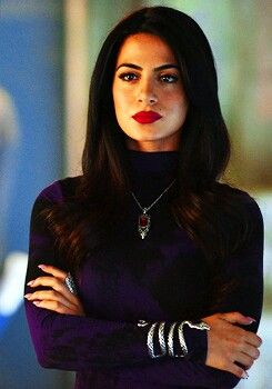 Emeraude Toubia as Isabelle Lightwood