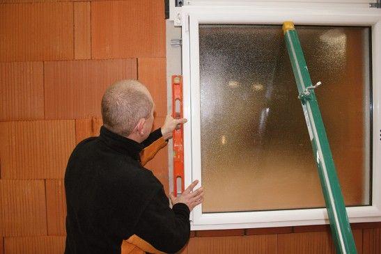 Offre d'emploi :  Poser de fenêtre et de porte.