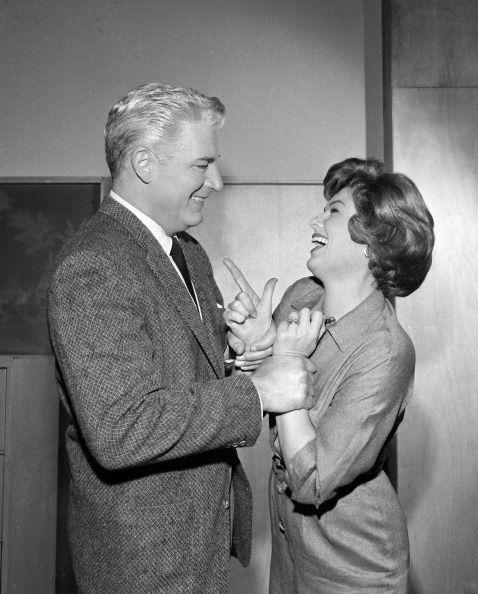 Perry Mason Photos | William Hopper as Paul Drake and Barbara Hale as Della Street