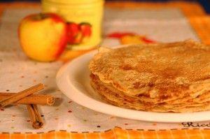 Vegan pannenkoeken (zonder ei, zonder zuivel). Ook tips voor toevoeging van banaan, appel, rozijnen, appelmoes, maïzena, lijnzaad)