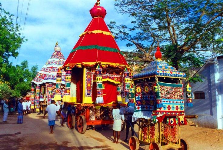 Tamilnadu-Tavatturai chariots :http://www.templenet.com/