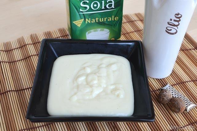 Besciamella vegan, scopri la ricetta: http://www.misya.info/2015/09/30/besciamella-vegan.htm
