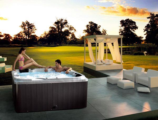 Luxus-Whirlpool Orlando zum Top-Preis: Gibt's bei www.perfect-spa.eu ...