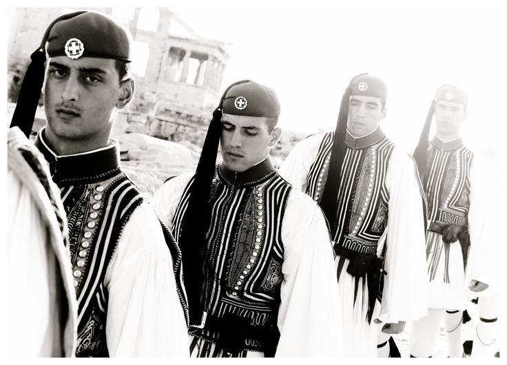 Evzones  Nikos Aliagas, la Grèce j'aime!
