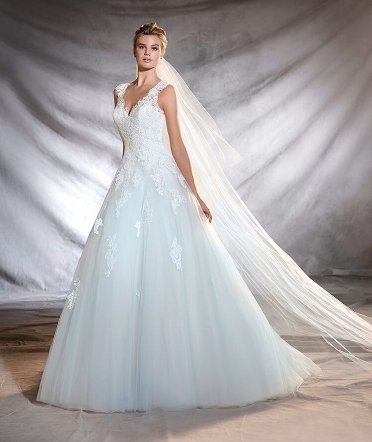53 best Blue & green wedding dresses images on Pinterest   Wedding ...